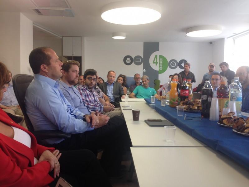 Мэр Иерусалима Нир Баркат в Jerusalem Startup Hub: «Израильтяне с детства приучены думать вне стандартов»