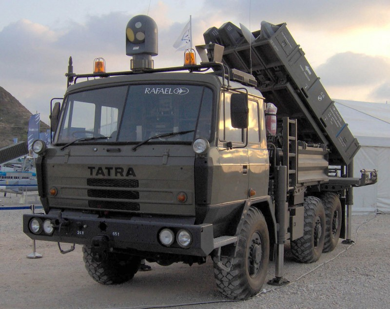 Армия Индии требует израильские ракеты вместо местных