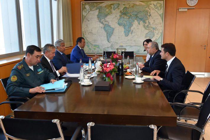 Израиль и Казахстан договорились о совместном производстве БПЛА