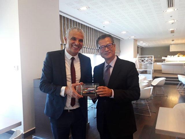 Министры финансов Израиля и Гонконга договорились об укреплении сотрудничества